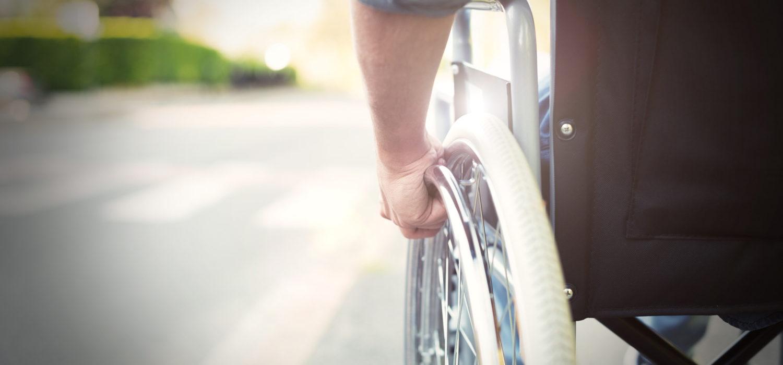 Dona per le lesioni spinali